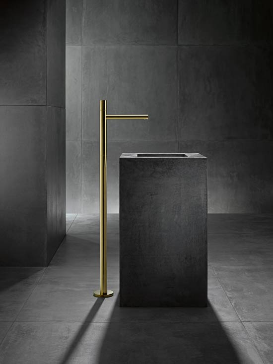 AXOR-KG-Uno-Zero-Handle-Freestanding-Washbasin-Tap-Gold.jpg