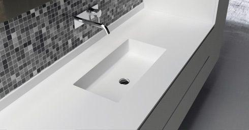 Puurwit solid surface wastafels