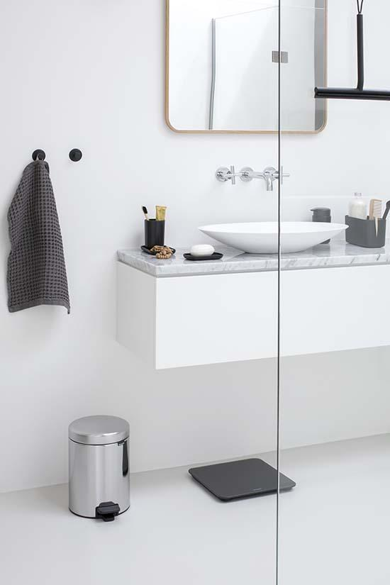 Bathroom_Collection_Brilliant_Steel_Mood_Group_11.jpg