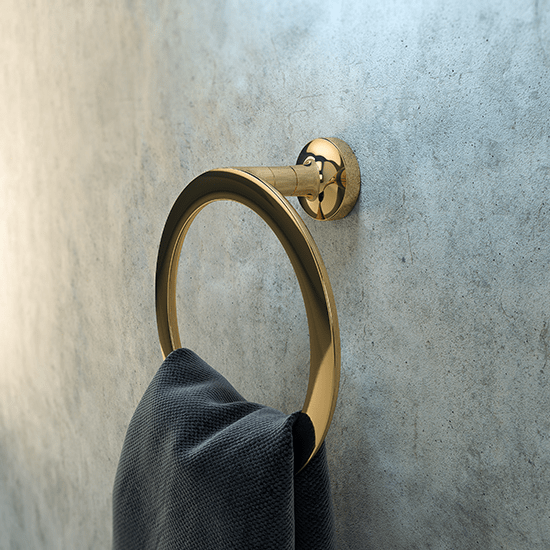 Trendcompass_badkamertrends_Geesa_Tone-Gold_towel-ring.png