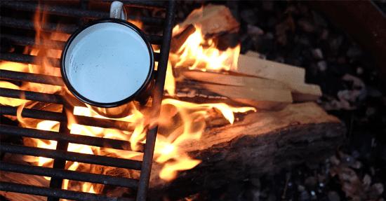 Houtblokken In Huis : Het is weer tijd om haardhout in te slaan houthaarden sfeerhaard