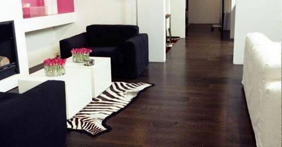 Een houten vloer in uw badkamer noord west interieurs