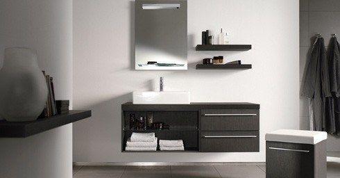 Badkamer budget cheap budget badkamer met onder schuinte with