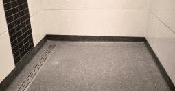 Inrichting Badkamer Vloer : Badkamervloer wand badkamer